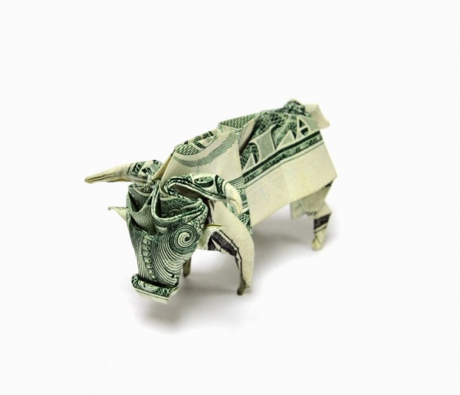 bull-made-from-dollar-bill-origami-by-won-park