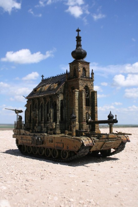 kriskuksichurchtank5